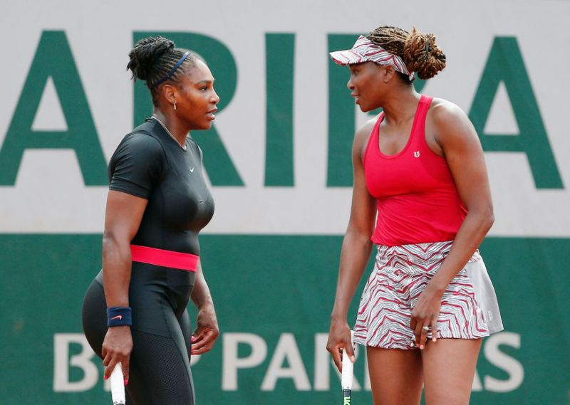 US Open: Serena Williams beats sister Venus to reach fourth round