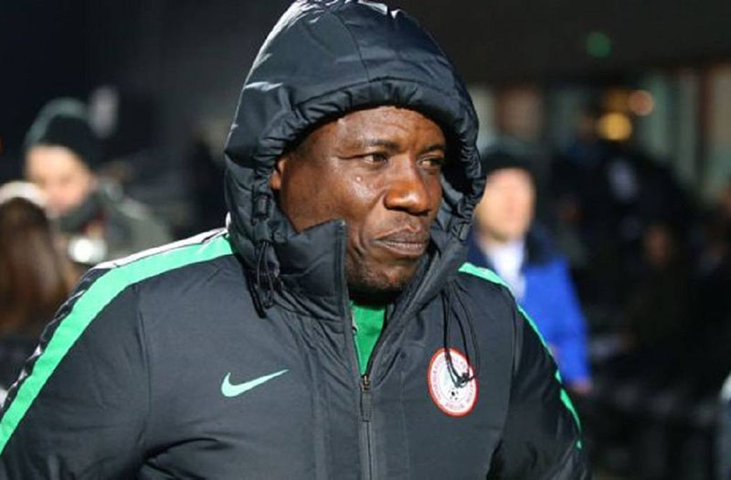 Nigerian coach banned after caught taking cash