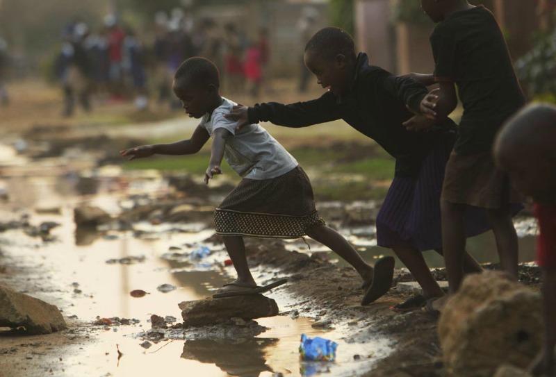 Raw sewage in streets: Cholera is Zimbabwe's latest crisis
