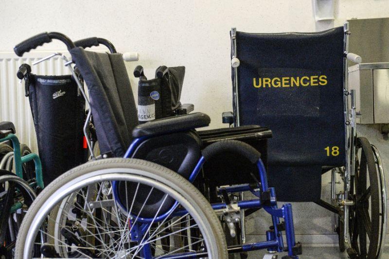 Implant helps paralysed man walk again