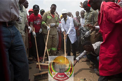 Chamisa Glen View clean up campaign in pictures