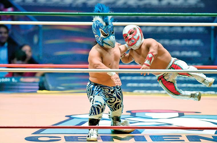 Mexico's dwarf wrestlers overcome mockery to become stars