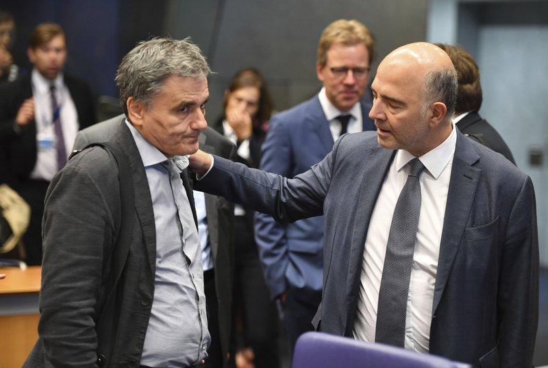 Eurozone nations sharply criticize Italian spending plan