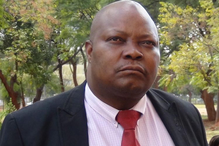 MDC MPs confront Mudenda for turning house into 'kangaroo' parliament