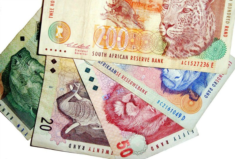 Rand seen weakening to under R15/$ if SA finance minister resigns