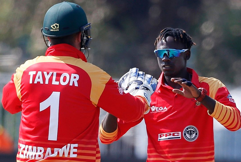 South Africa beat Zimbabwe by 6 wickets, to seal T20 series