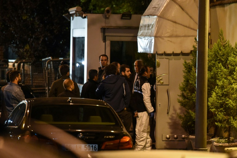 Turkey searches Saudi consulate as Trump speaks of 'rogue killers'