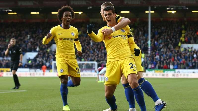 Chelsea beats Burnley 4-0 to extend unbeaten start