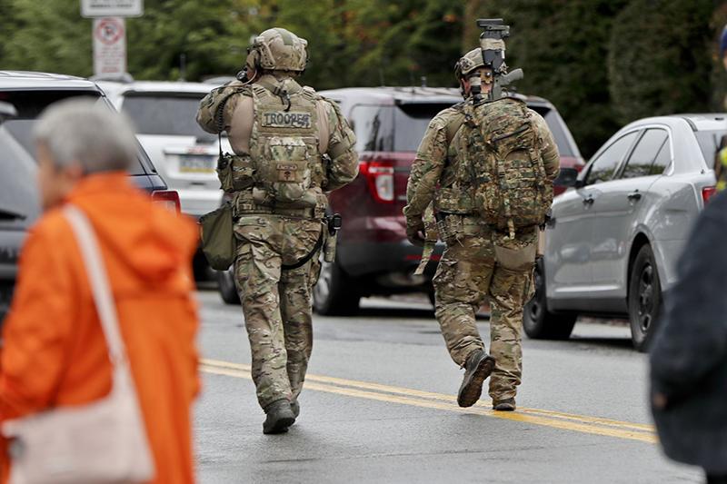 US: Gunman attacks synagogue, killing 11 people