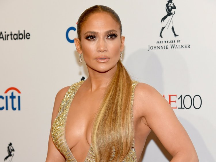 With 'Second Act,' Jennifer Lopez makes her own opportunity
