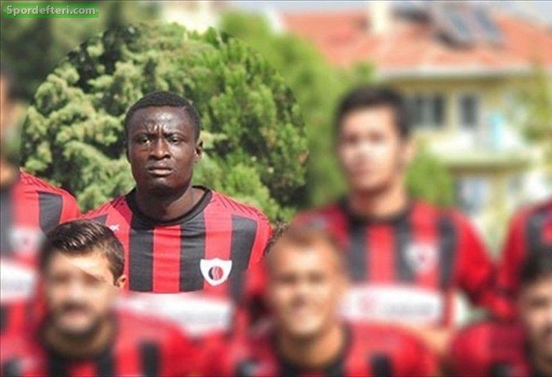 Nigerian football international dies during Turkish league match