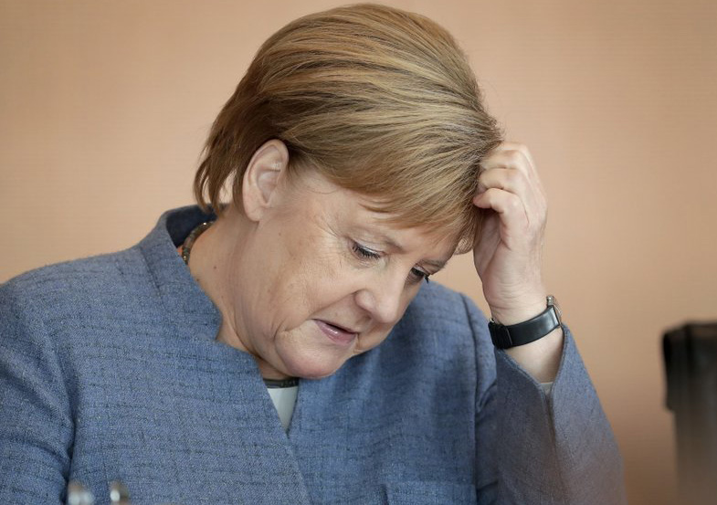 German government advisers slash economic growth forecast