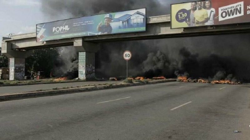 Angry residents block Ghana accident prone highway