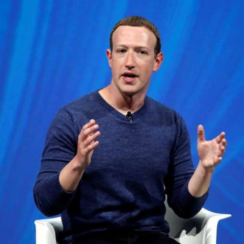 Facebook investors call on Zuckerberg to resign as chairman following damaging report