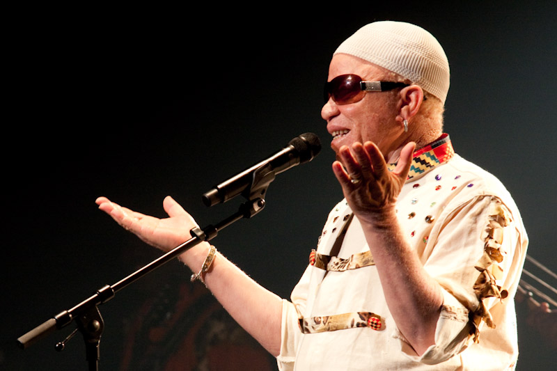 African singer makes persecution of fellow albinos visible