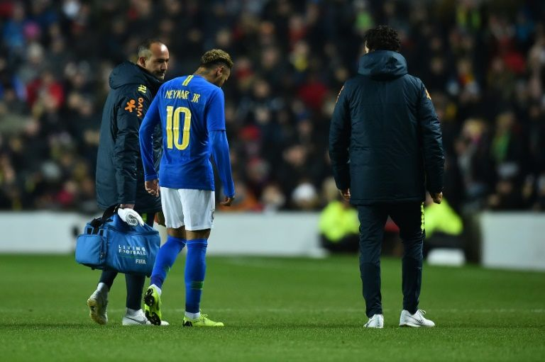Neymar injured as Brazil beat Cameroon