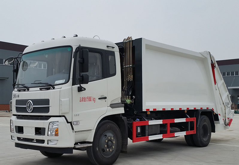 Fast-growing Gutu acquires its first ever refuse truck