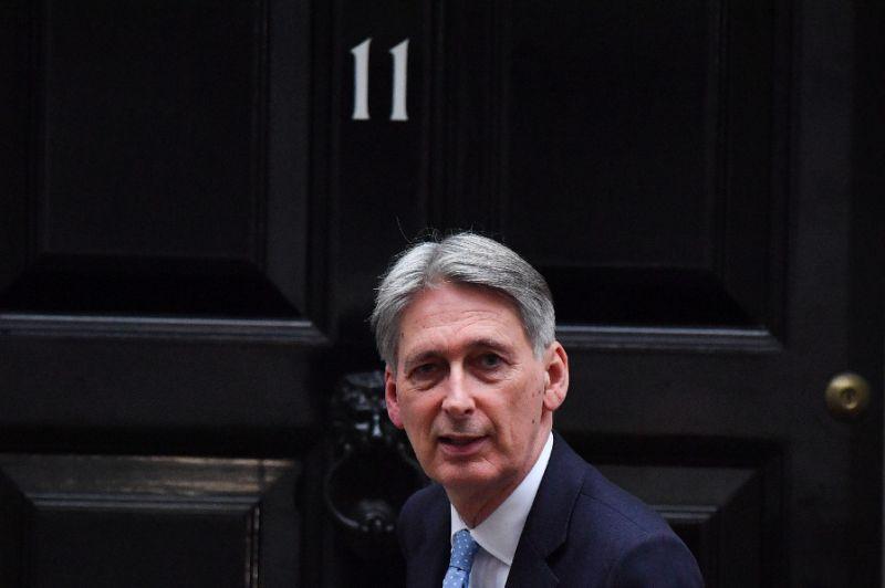 Britain worse off under any Brexit scenario: government
