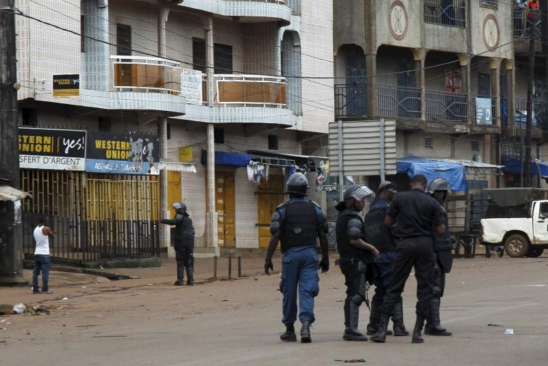 Guinea police use tear gas to break up opposition demo