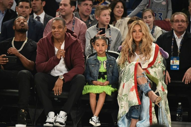 Beyonce, Jay-Z dazzle South Africa at Mandela gig