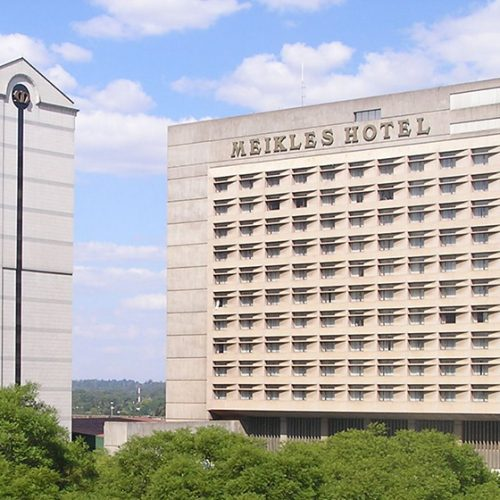 Meikles Hotel's Sale Awaits RBZ Nod as Room Occupancy Plummets 7%
