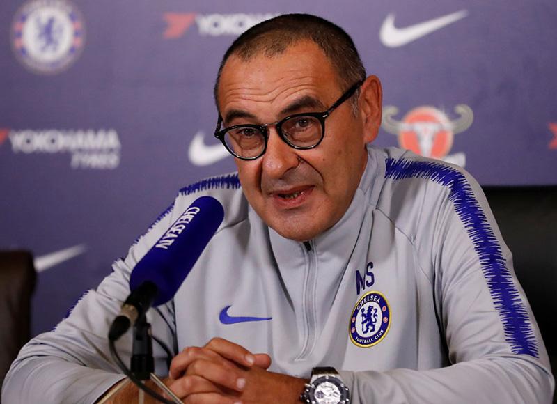 Chelsea coach Sarri wants Hazard saga resolved