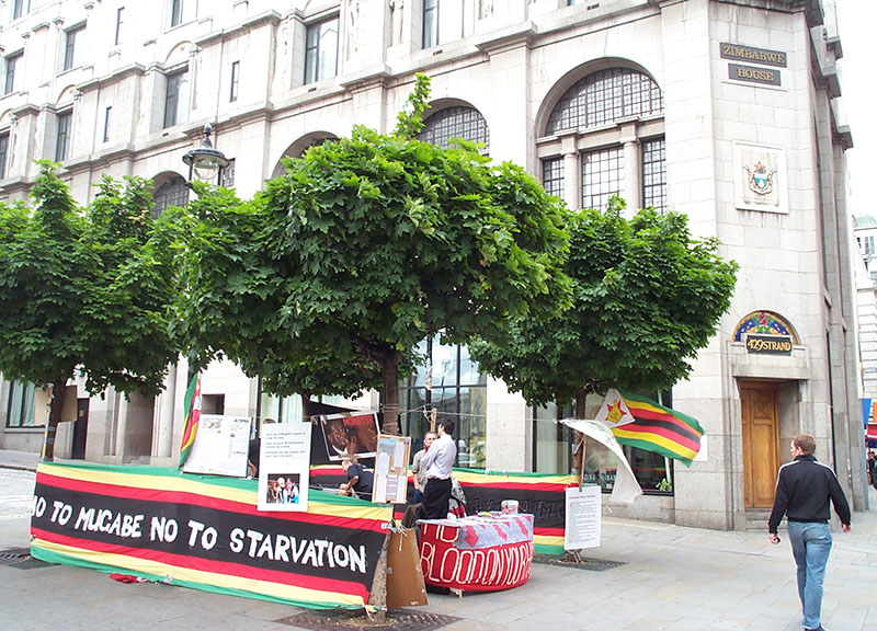 UK: Activists storm Zimbabwe's London embassy