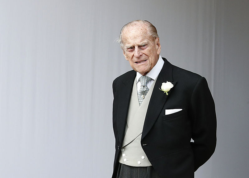 UK: Queen's husband Prince Philip, 97, gives up licence after car crash