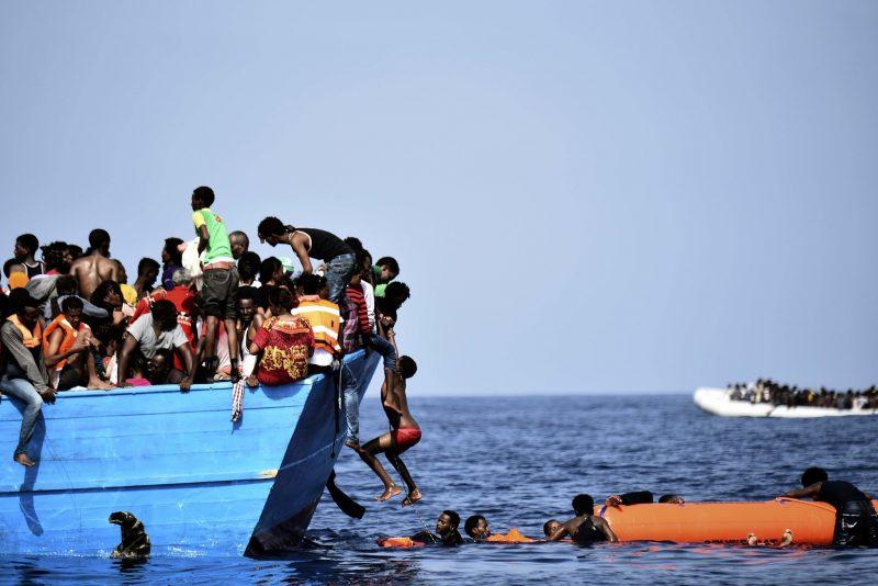 Migrant crisis: UN says six die every day in Mediterranean crossings