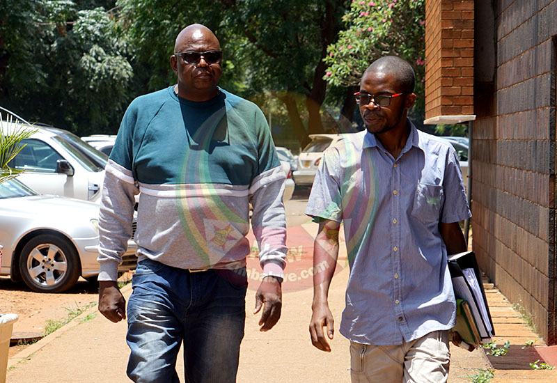 Suspended chief magistrate refuses prosecution by his juniors