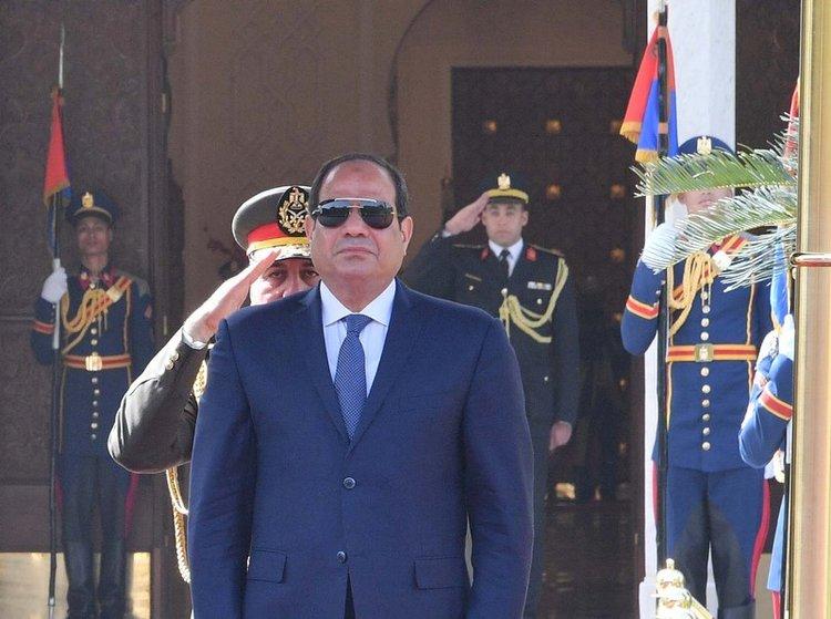 Egypt debates motion to extend presidential term limits