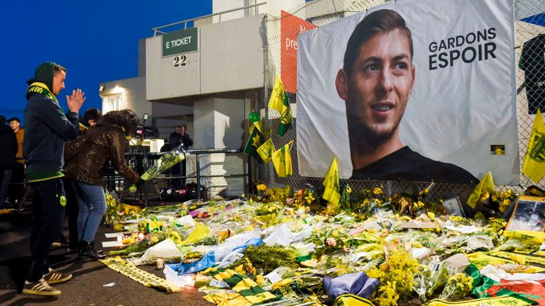 Police confirm Sala's body recovered from plane wreckage