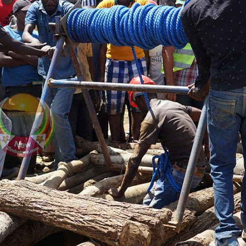 BATTLEFIELDS DISASTER: Rescuers pull 22 bodies from mine