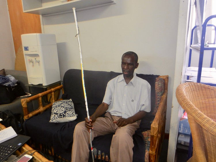 SA: Blind Zimbabwean loses refugee status after identity muddle