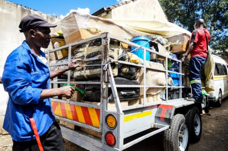 Transporters make killing from Zimbabwe's economic crisis