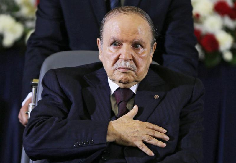 Algeria's President Abdelaziz Bouteflika 'resigns'