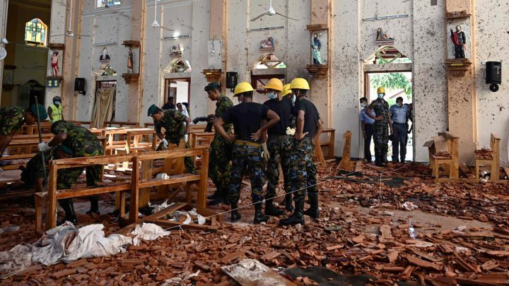 Sri Lanka detains new suspects amid frantic hunt for bombers