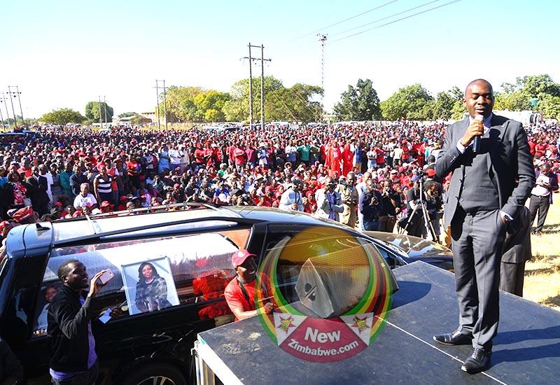 Thousands attend Tsvangirai-Java's farewell rally