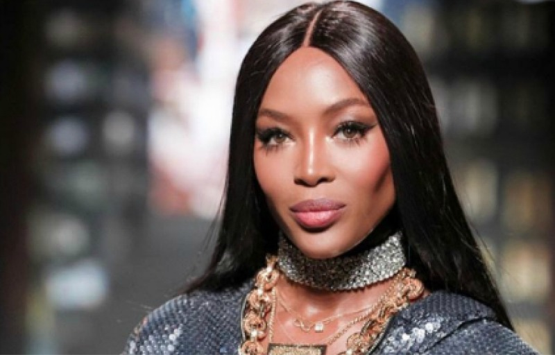 Naomi Campbell's amazing airplane ritual