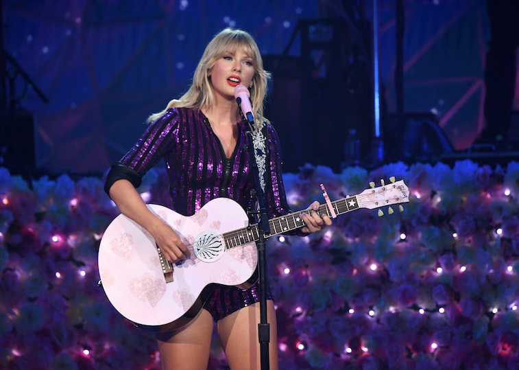 Taylor Swift lines up free park gig in New York
