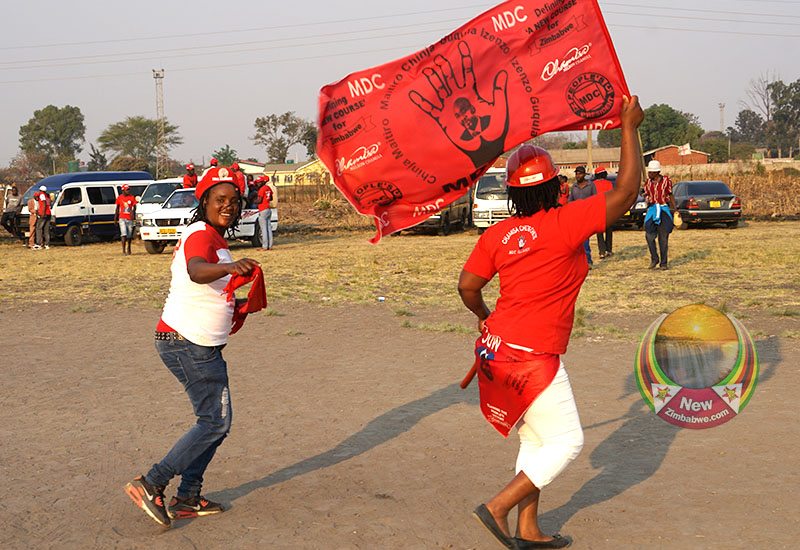 2 MDC Kwekwe Councillors, 4 Activists In Court Over Anti-ED Demos