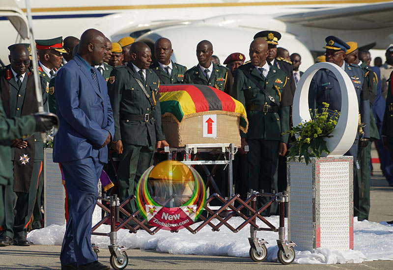 Mugabe body smuggled out to Zvimba in ED absence – party