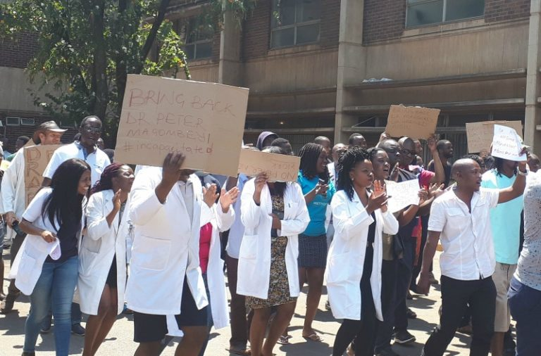 Doctors Leave Zim In Droves As Govt Remains Hostile To Wage Demands