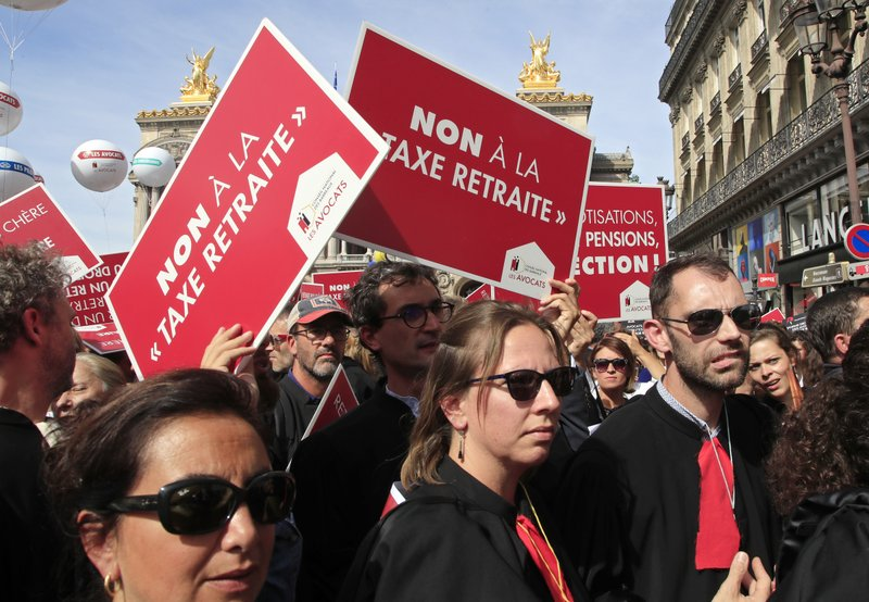 French lawyers, doctors, nurses protest pension changes