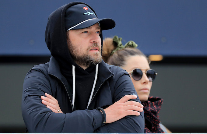 Justin Timberlake apologises to wife after pictured cosying up with co-star