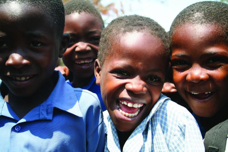 12,5 percent Zim children have diaspora parent – study