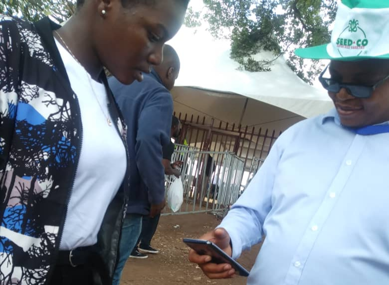 Zanu PF security manhandle scribe, bar NewZim journos from covering conference