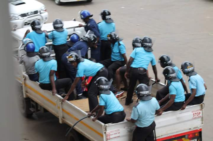 Vendors accuse Harare municipal police of demanding bribes