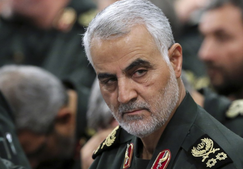Qasem Soleimani: Stampede kills 40 mourners at burial in Iran