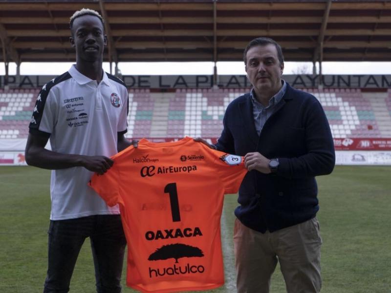 Young Warriors goalkeeper Martin Mapisa joins new Spanish club